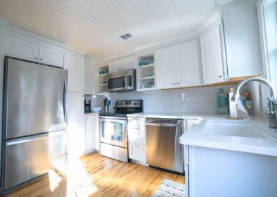 Diamonds in the Sand - Destin Vacation Rental - Carriage House Kitchen