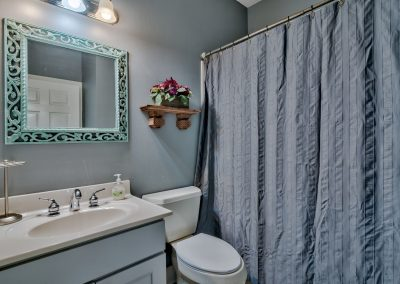 Limearita – First Floor Guest Bathroom