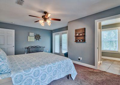 Limearita – King Master Bedroom